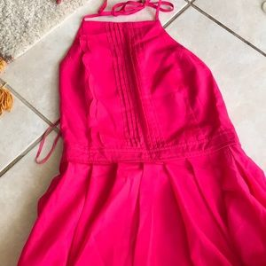 Hoy pink mini halter dress for this summer !🤑